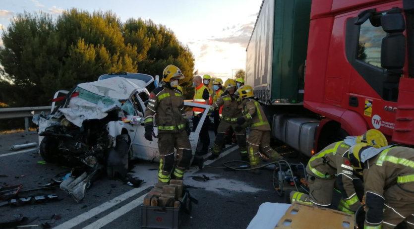 Aquest dimarts al matí hi ha hagut dos ferits en un accident de trànsit a la variant