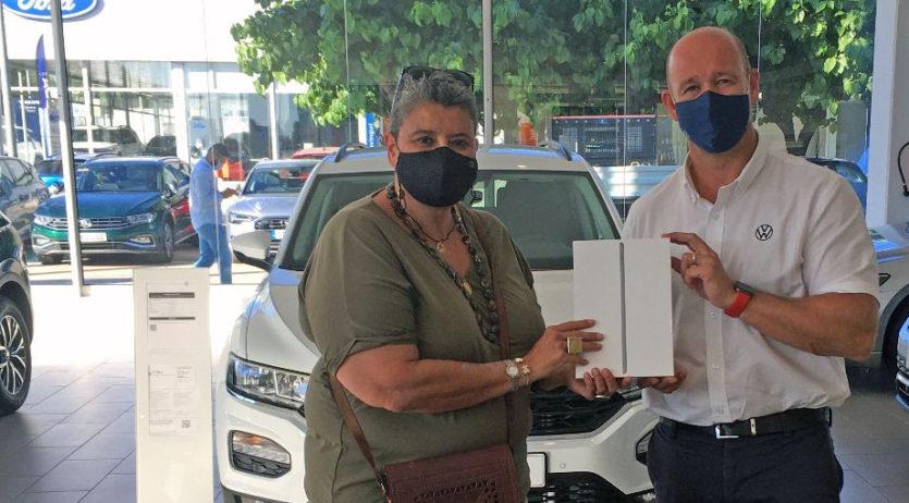 La sadurninenca Montse Rodríguez guanya l'Ipad que sortejava la Fira del Vehicle de Vilafranca