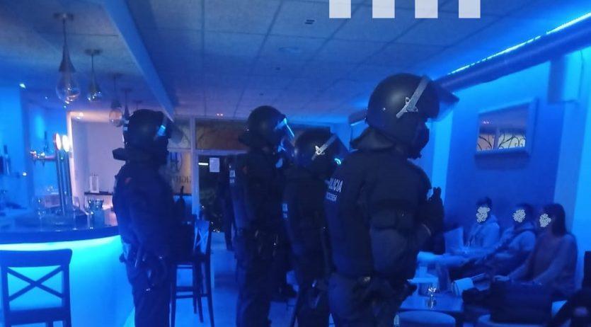 Dispositiu de seguretat al barri de l'Espirall, que conclou amb dues denúncies